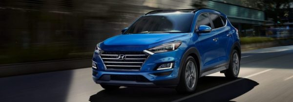 2020 hyundai tucson driving through the city
